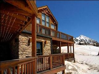 High Quality Ski Lodging - 5-Minute Walk to Base of the Ski Area and Lifts (1007), Crested Butte