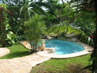Mayan Bungalow 60 meters from the beach, Playa del Carmen