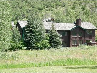 Beautiful Wooded Setting - Perfect for Large Groups and Families (24691), Park City