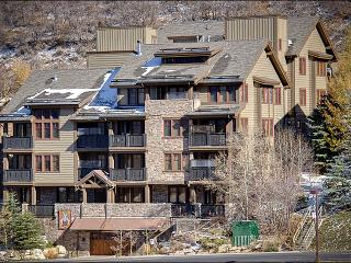 Sunny and Spacious Condo - Hardwood Floors and Granite Counters (24715), Park City