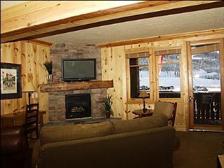 Luxury Ski Lodge - Perfect Location (8592), Park City