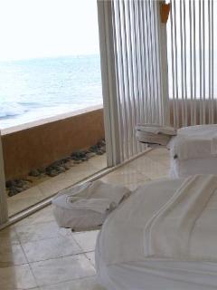 Seaside massage right at Fisherman's Village