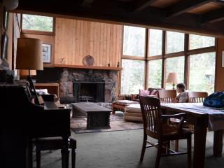 Mountain Home in Exclusive Alpine Meadows Area, Lake Tahoe (California)