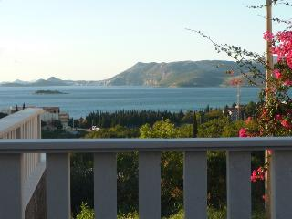 Luxury sea-view apartment II, Cavtat