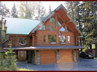 Girdwood Accommodations Custom Log Lodge-Like Home