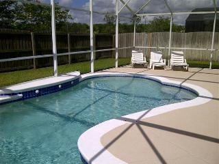 Eagle Pointe -4 Bedroom Pool Home with a Private Fenced Backyard
