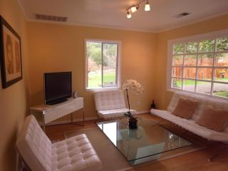 The Elegant Living Room ... with Views Into Nature and Garden!