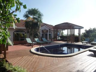 Perfect 5 To 7 Bedroom Villa With Pool In West Bay