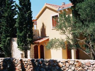 Mediterranean Scent, Stari Grad, island Hvar   Cer
