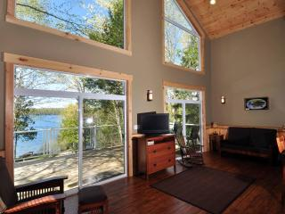 Waterfront Cottages, Wolfe Lake, Westport, ON