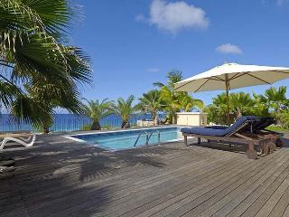 Oceanfront private villa Caribbean Paradise