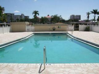 2 Bedroom Condo in Beautiful Ft. Myers Beach, Fort Myers Beach