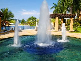 Luxury Condo at Los Sueños, Access to all Amenities, Great Sport Fishing!