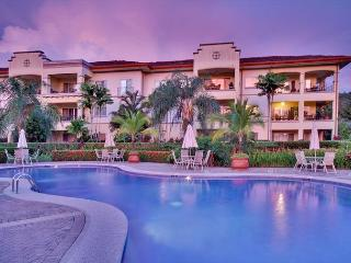 Spectacular Oceanview Condo, perfect for your family vacation!, Herradura