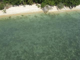 the Headland:  exquisite beachfront Samui villa