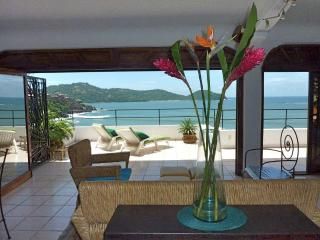 1 Bd Penthouse Condo: Bay View from Large Terrace, Zihuatanejo
