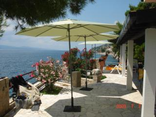 Villa Antares Pisak, ground floor terrace