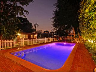 15 min Disney - Heated Pool Huge Garden Trampoline