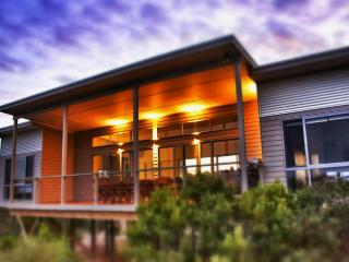 Le Soleil Holiday Home - Island Beach, Kangaroo Island