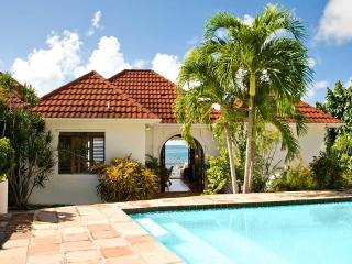 Caribbean Beachfront 2BD/2BA Villa on St. Croix, Christiansted