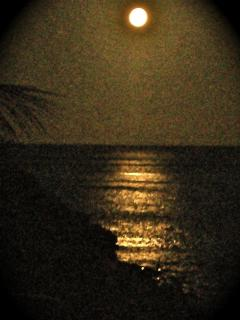 moonrise over the Caribbean at Bella Sera MBR balcony