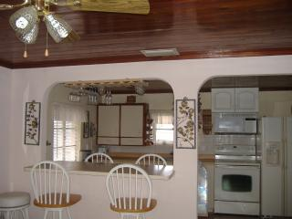 1 bedroom cottage by the bay in Englewood Florida