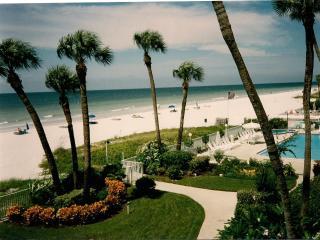 Ocean Front condo in Indian Shores/Clearwater