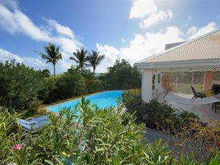 Sunbird At Orient Bay, Saint Maarten - Gated Community, Walk to the Beach, Pool