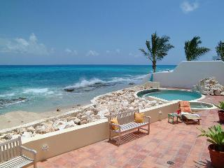Daffodil at Pelican Key, Saint Maarten - Beachfront, Gated Community, Pool, bahía de Simpson