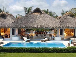 Dreamlike Oceanfront Villa,  Puerto Escondido