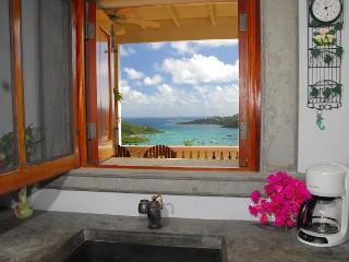 La Bella Villa (2BR/2BA) Perfect island charmer!