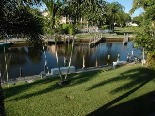 Royal Harbor Condo on Canal, Pool, Lanai, Nr. Beac