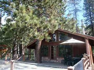 Donner Lake Vacation Rentals, LAKE VIEW, cabin