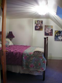 'Remy's room- double bed