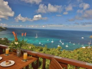Tropical Hideaway Hibiscus Cottage, Bequia