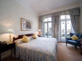 Mayfair Superior 3 Bedroom/2 Bath Apartment/Hotel, Londres