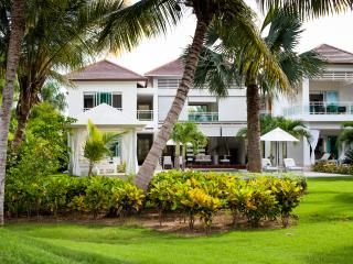 5-Star Luxury Villa in Cocotal Golf & Country Club, Punta Cana
