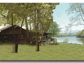 Misty River Retreat on the Shenandoah River!, Luray