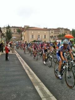 2011 Tour de France going past Castelnau