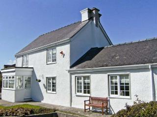 TYDDYN GYRFA COTTAGE, a character holiday cottage, with three bedrooms, open