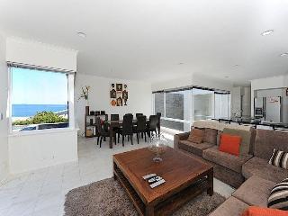 Cottesloe Beach House Stays - Beach House II, Perth