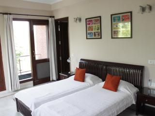 Several Rooms in a beautiful B'nB, great location!, New Delhi