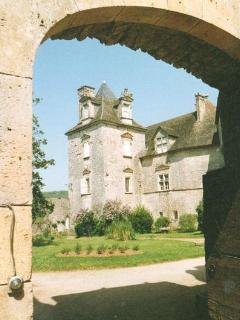 The Chateau de Cenevieres is near the lovely village of St Cirq la Popie