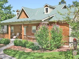 Rustic Elegance - Pet Friendly - 2br/2ba Lodging, Branson