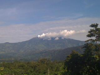 The Turrialba Volcano is smoking nearby but not too near!!