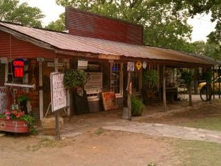 Newly Remodeled 2BR Glen Rose Home - Close to Dwtn