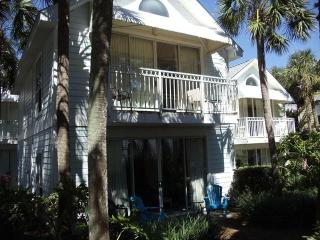 Destin Beach Cottage: 3 min stroll to beach