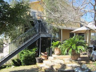 Gorgeous La Cantera Condo -The Texas Hill Country