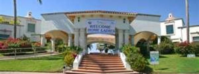 El Tigre Golf Clubhouse