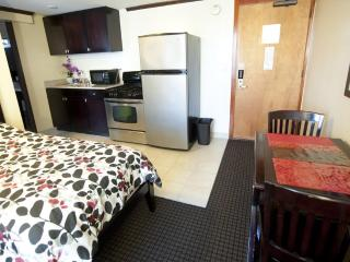 Bamboo Waikiki - 1 bedroom condo, Honolulu
